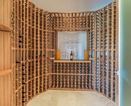 Longlook Wine Room 700+ bottles